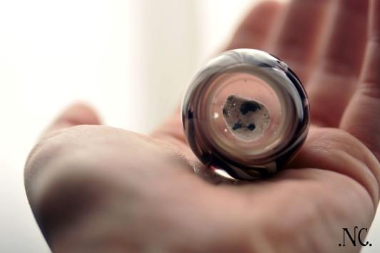 Bille de verre - inclusion de granit rose 2013