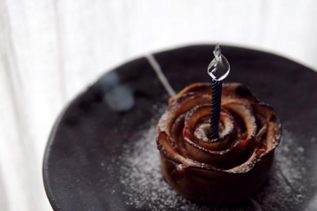 Tarte aux pommes petas de rose sirop tarte vegan