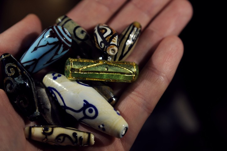 Roman glass beads Oriental style art antique glass beads flore faune