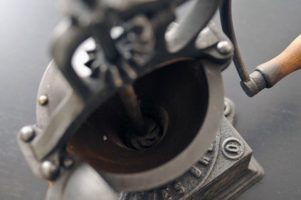 Moulin à café Peugeot 0 mecanisme interieur engrenages