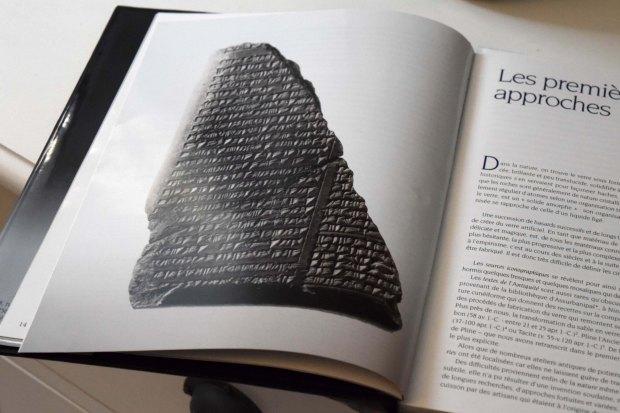 fragment-dune-tablette-cuneiforme-recette-du-verre-recipe-of-glass-mesopotamie