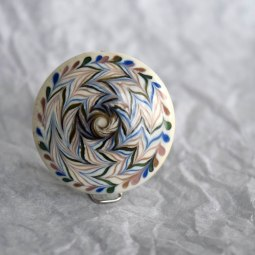 shield-glass-beads